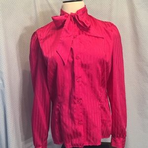 Vintage fitted bow front blouse M